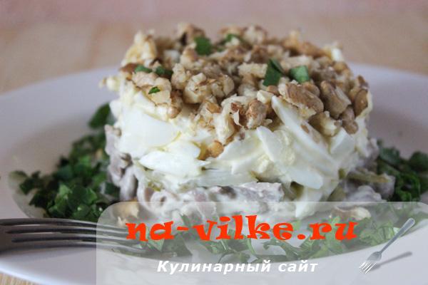 salat-jazyk-ogurcy-6