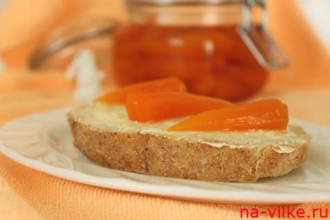 Бутерброд с морковным вареньем