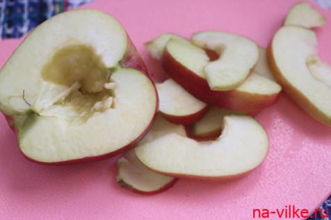Яблоко нарезать