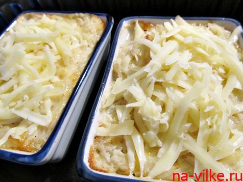 Добавить сыр и продолжить запекание