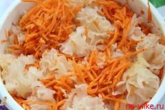 morkovnij-salat-s-korallovimi-gribami-po-koreski-7