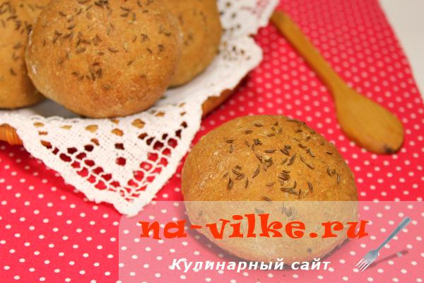 Деревенские булочки с отрубями и тмином