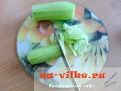 zeleniy-salat-3