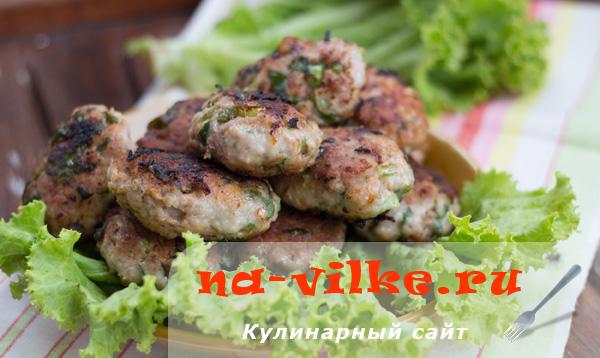 Рецепт приготовления котлет из говядины со шпинатом и сыром