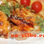 Запеченные куриные крылышки маринованные в соевом соусе