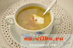 Суп из лисичек с пшеничной крупой