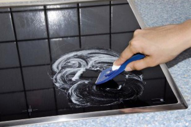Как очистить стеклокерамику
