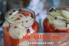 pomidory-s-lukom-06