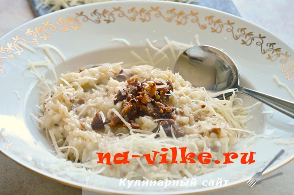 Ризотто с лисичками из риса Виола