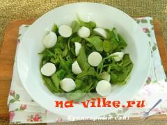 salat-s-vinogradom-syrom-3
