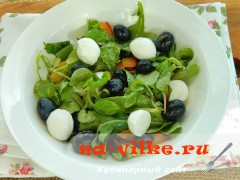 salat-s-vinogradom-syrom-7