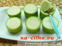 kabachki-s-syrom-tykvoy-03