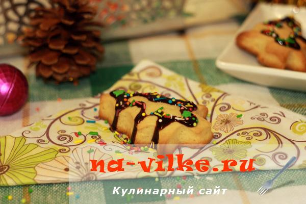 Новогодние печеньки из песочного теста