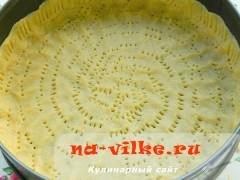 pirog-s-marcipanovoy-nachinkoy-06