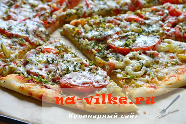 Овощная пицца с козьим сыром