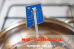 svinaya-vyrezka-v-apelsinah-06