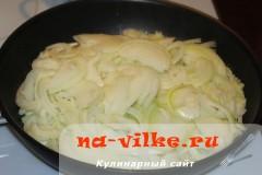 lukoviy-pirog-10