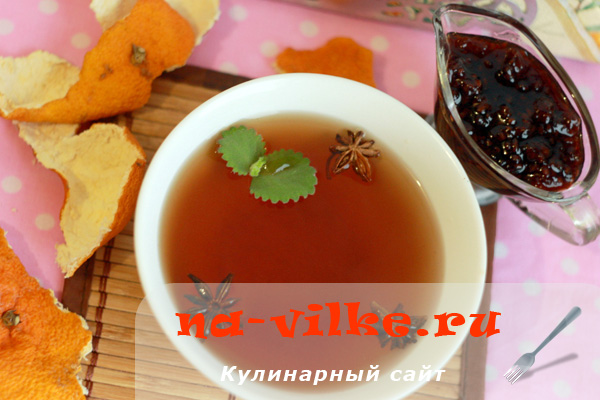 Чай с малиной и мёдом