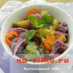 Салат из цветной капусты и болгарского перца с красным луком