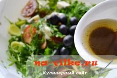 salat-s-kumato-i-gorgonzoloy-12