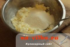 tvorozhnaya-zapekanka-s-yagodami-03