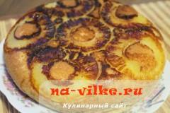 sharlotka-s-ananasami-v-multe-13