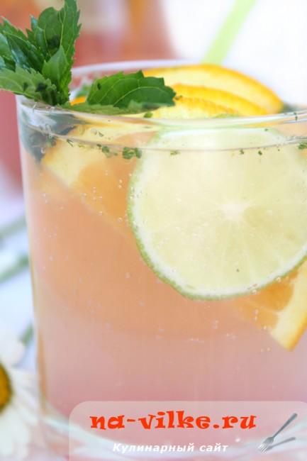 Апельсиново-лаймовый лимонад