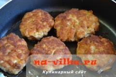 kotlety-iz-kurinoy-grudki-7