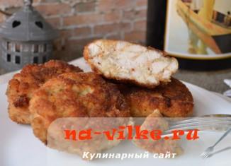 Котлеты из рубленой куриной грудки с манкой
