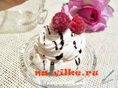 Пирожное Меренга с кремом