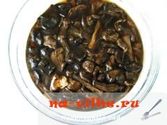 kartofel-s-gribami-v-gorshochkah-2