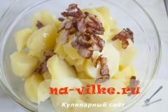 kartofelniy-salat-goroshek-4