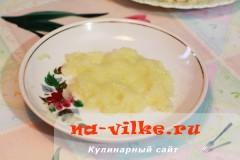 kurica-s-lukom-v-souse-2