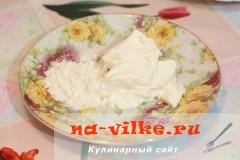 kurica-s-lukom-v-souse-3