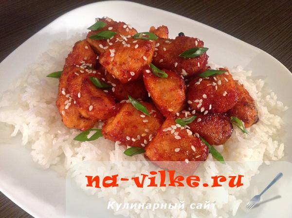 Куриное филе в кисло-сладком соусе с рисом