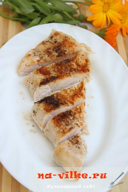 Куриная грудка на сковороде-гриль