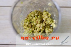 mjasnoy-rulet-s-fistashkami-03