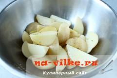 kartofel-v-duhovke--s-sousom-02