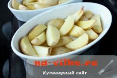 kartofel-v-duhovke--s-sousom-08