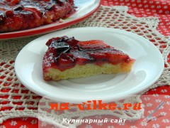 Французский Тарт Татен со сливами - кусочек пирога