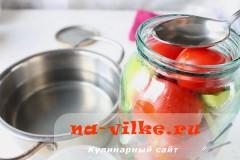 marinovannie-pomidori-perec-luk-08