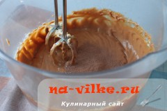 biskvit-s-varenoy-sgushenkoy-16