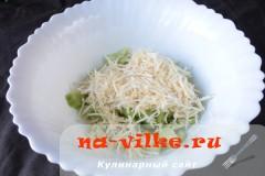 salat-iz-seldereja-03