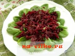 salat-iz-svekly-s-brynzoy-3
