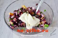 salat-s-seldiu-svekloy-07
