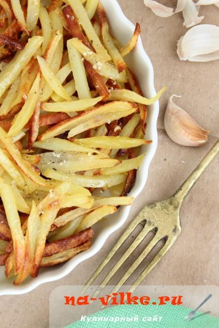 Жареный картофель по-французски