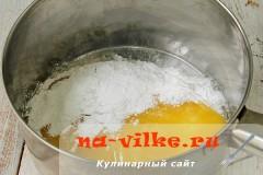 medovik-v-multivarke-02