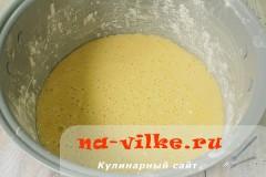 medovik-v-multivarke-09