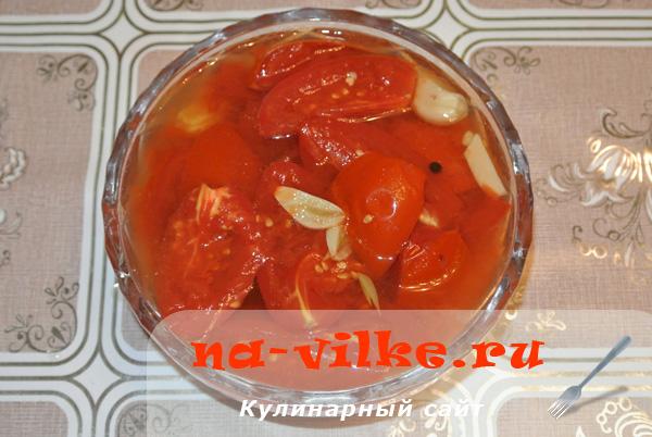 Консервированные помидоры «Пальчики оближешь»