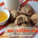 Приготовление мягкого печенья с медом и корицей на скорую руку